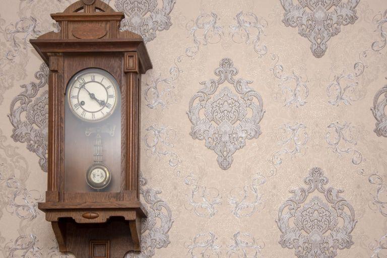 David GUERARD Horloger sur Lyon : réparation et rénovation de pendules murales